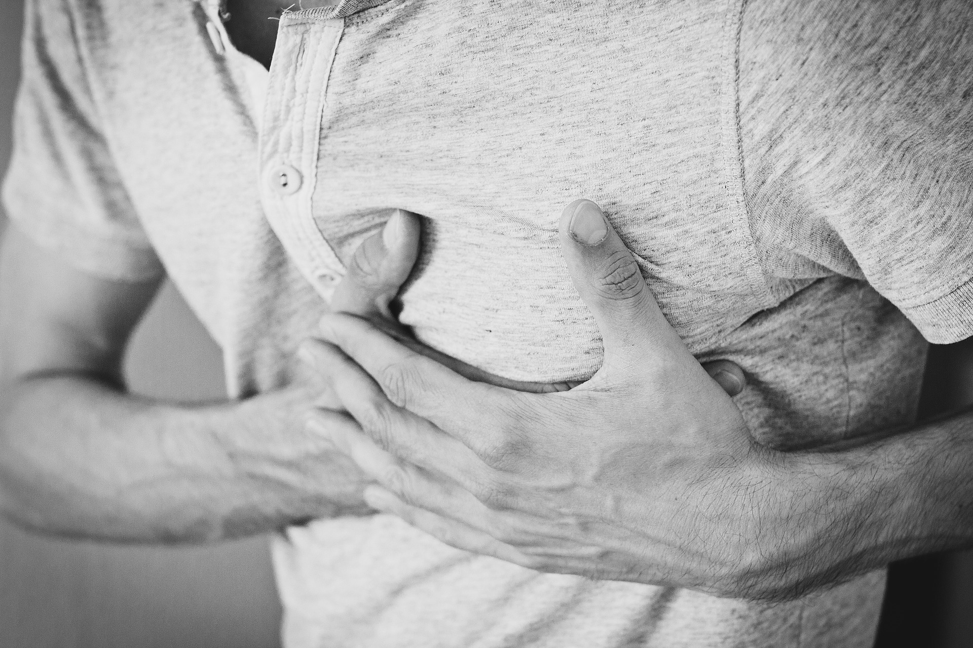 Oppressione al petto: un sintomo molto diffuso